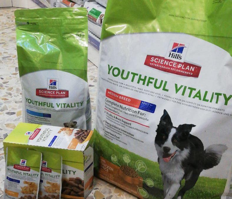 Youthful Vitality: il cibo perfetto per cani e gatti in età avanzata